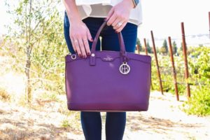 Sharing my favorite fall handbag on the blog today! Alsohellip