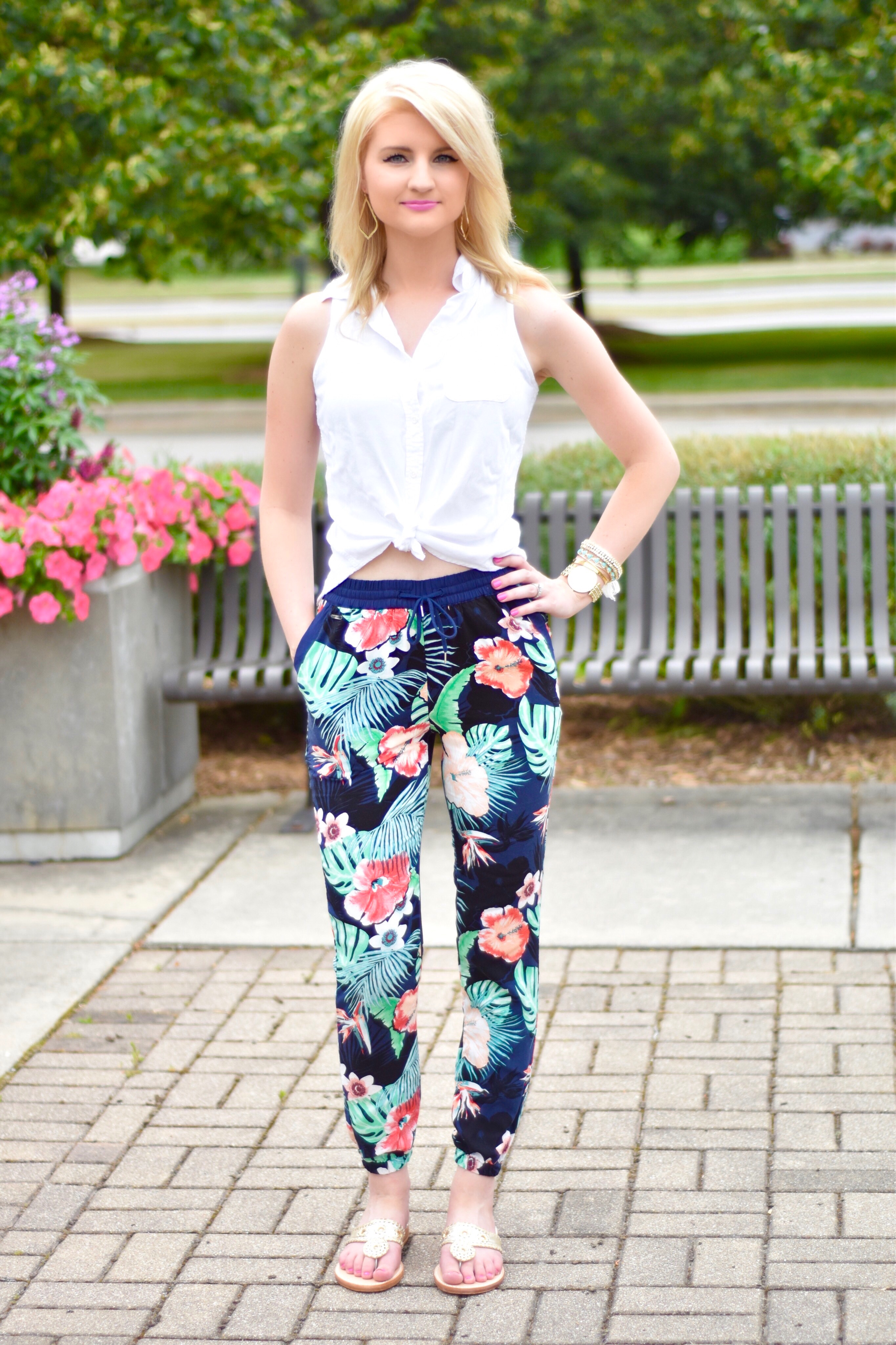 c339ce9ee16942 Floral Pants + Palm Beach Sandals Giveaway! • The Chambray Bunny