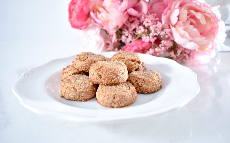 Cinnamon_Almond_Cookies_The_Chambray_Bunny