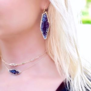 So in love with the new NavyCrackleIllusion stones from KendraScottshellip