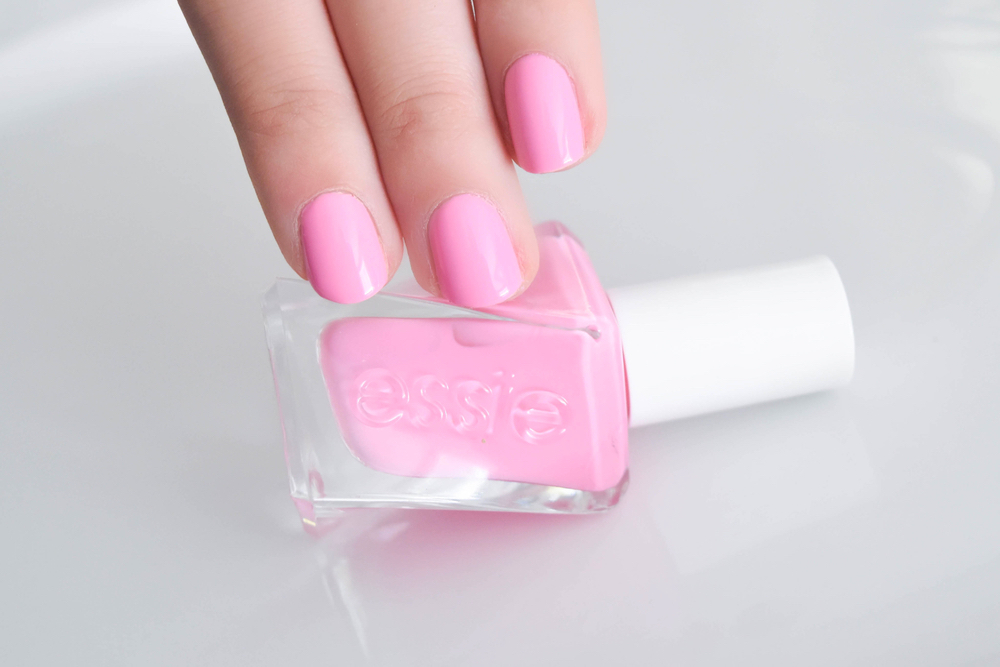 essie_gel_couture_haute_to_trot