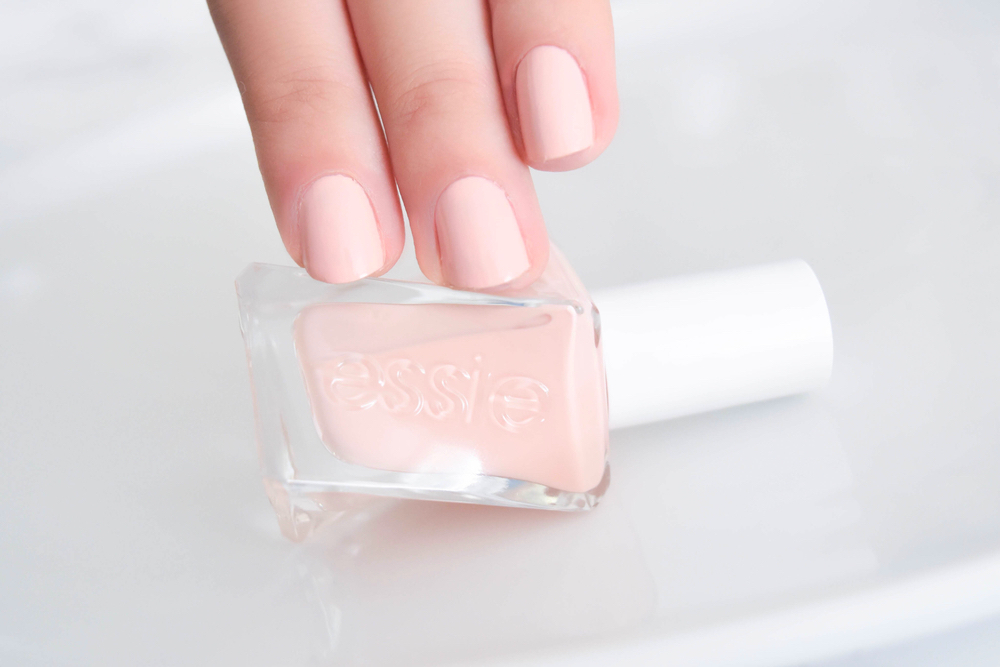 Essie Gel Couture Collection - My Favorite Pinks • The Chambray Bunny
