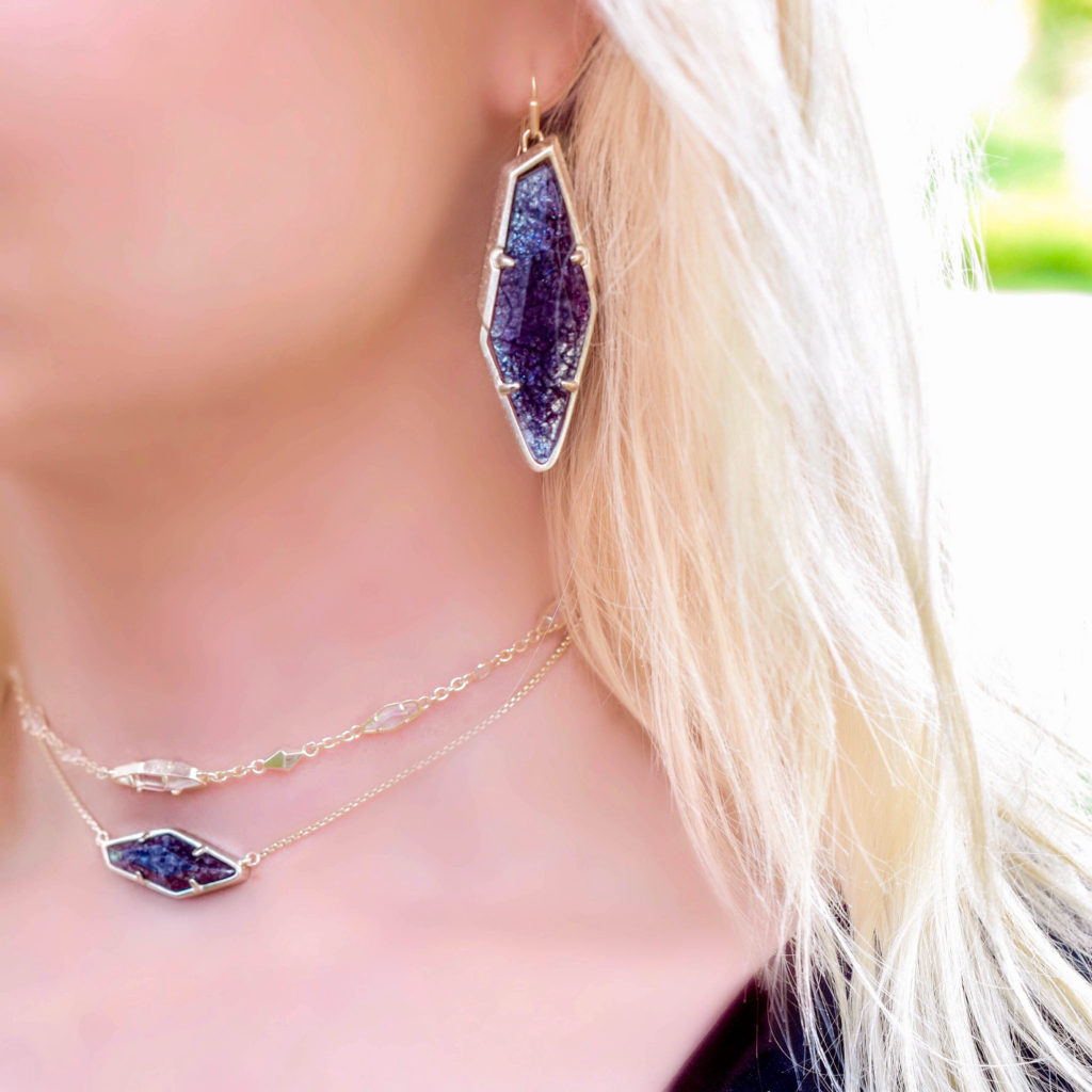 kendra-scott-bexley-earrings-navy-crackle-illusion