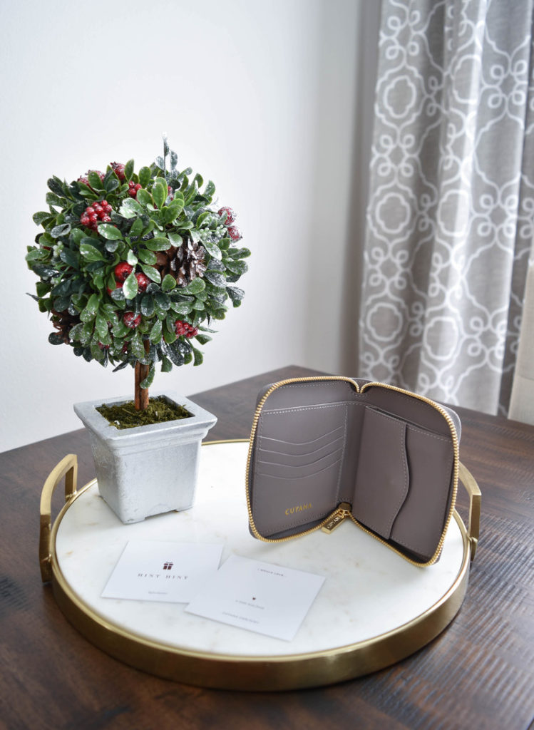 Cuyana Better Gifts 3