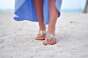 Giveaway time! Ive partnered with palmbeachsandals to give one luckyhellip