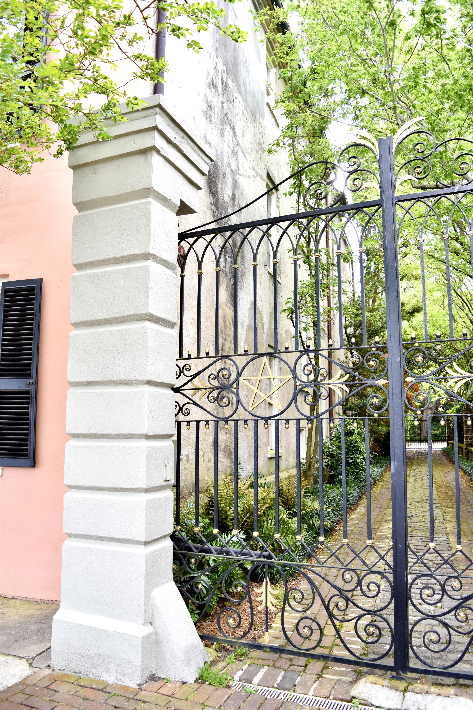 47 E Bay Street, Charleston, SC Coral House Pink House 10
