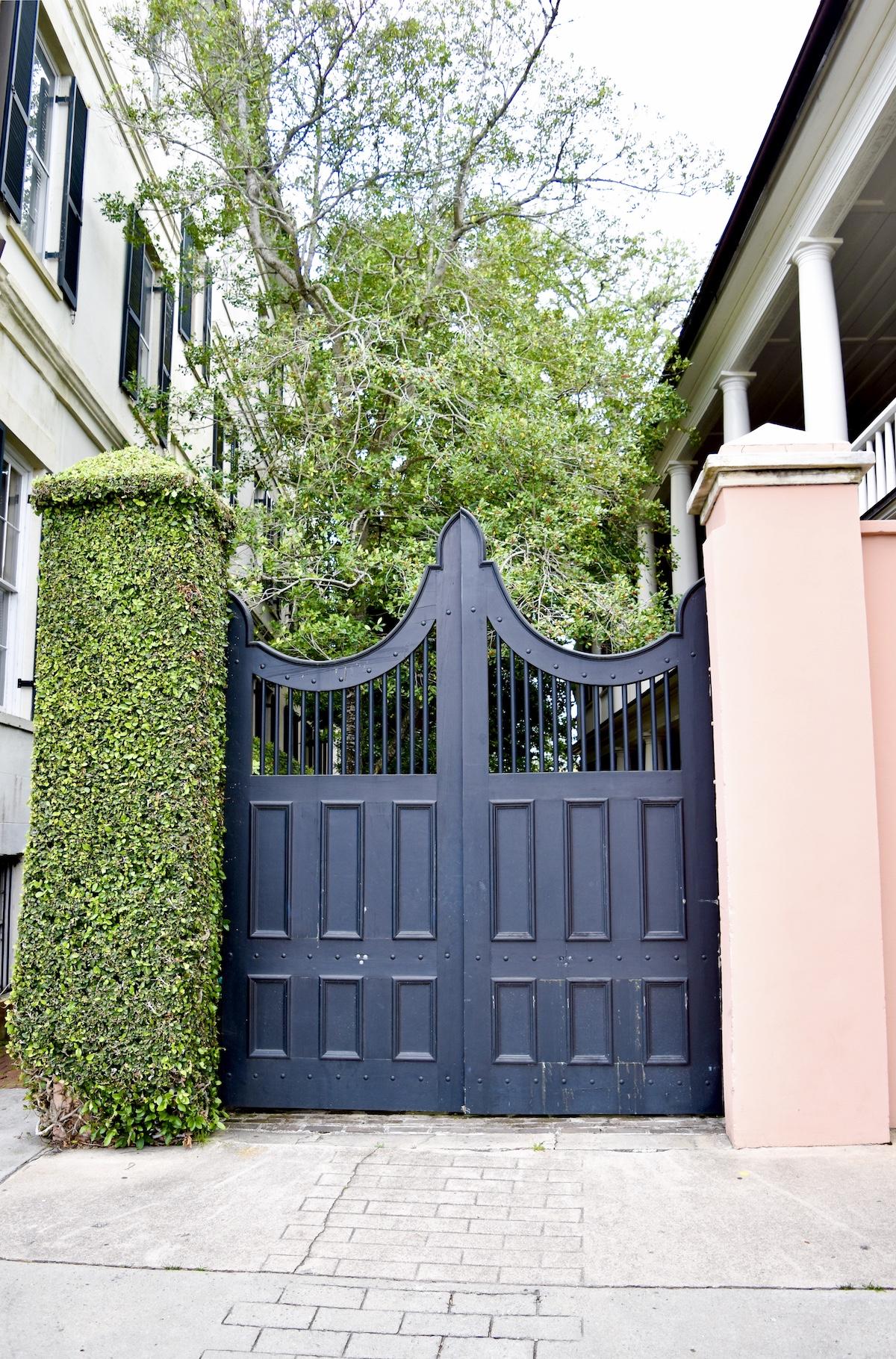 47 E Bay Street, Charleston, SC Coral House Pink House 6